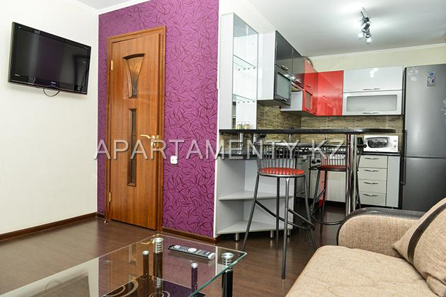 2-room apartment for daily rent, ul. Tolepova 7