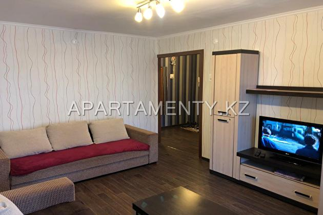 2-room apartment for daily rent, ul. Slavskogo d.
