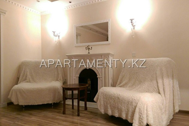 3-roomed apartment by the day, st. Kamzin Ave. 114