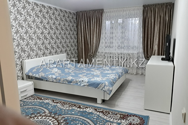 1-room apartment for a day, street Aiteke bi 42